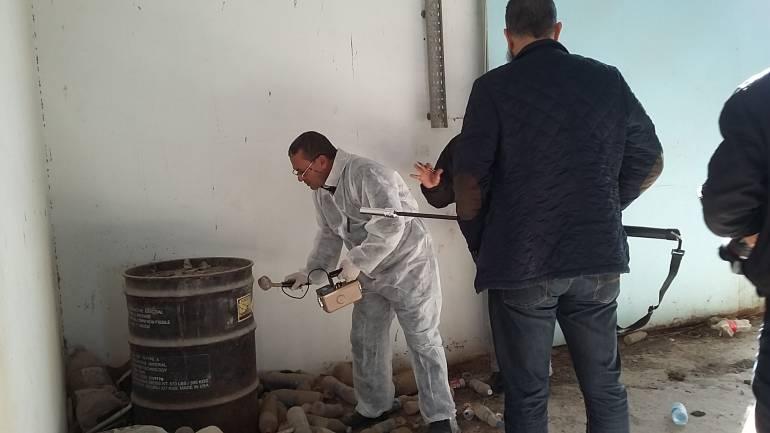 قيام فريق من مركز القياسات الإشعاعية والتدريب بإجراء مسوحات إشعاعية لكل المواقع داخل بلدية زوارة